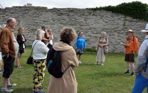 Ulf gav en väldigt intressant och roande historisk guidning om murar gränser, kastaler med mera.